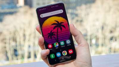 Samsung Galaxy S10e unlocked phone